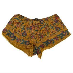 Zara Boho Floral Shorts medium